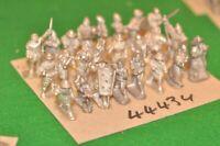 25mm medieval / generic - castings unpainted 24 figures - inf (44434)
