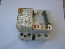 MERLIN GERIN CEE 27 16 amp 10ma emg 16102 RCCB disjoncteur.