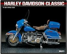 Academy 1/10 Plastic Model Kit Harley Davidson Classic Motorcycle 15501 NIB