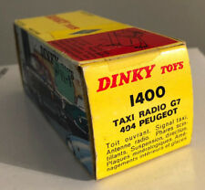 VOITURE MECCANO DINKY TOYS TAXI RADIO G7 404 PEUGEOT 1/43 MADE IN FRANCE.