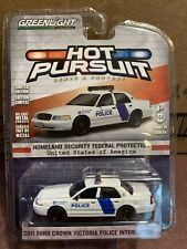 Greenlight Hot Pursuit  2011  Ford Crown Victoria Homeland Security Police