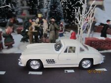 "TRAIN GARDEN HOUSE VILLAGE "" 1954 SNOW WHITE MERCEDES BENZ "" +DEPT 56/LEMAX info"