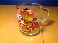 Vintage 1978 Garfield McDonalds Promotional Odie Glass Mug Skateboard Jim Davis
