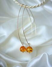 Ohrschmuck aus Gelbgold mit Durchzieher ovale Edelsteinen
