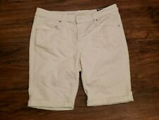 Women's Mossimo Target White Mid-Rise Bermuda Jean Shorts Size 12 Waist 31in