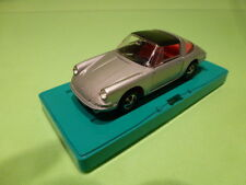 MARKLIN PORSCHE 911T  TARGA TOP - SILVER GREY 1:43 - VERY GOOD ON STAND