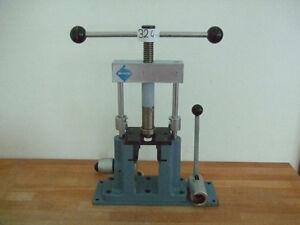 Weropresss Injektor Presse Nr. 324
