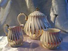 Sadler 2737 Footed Teapot Sugar Bowl Creamer White/Off White Gold Swirl EUC Vint
