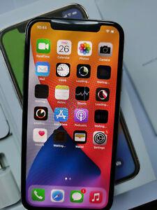 Apple iPhone X - 256GB - Space Gray (Straight Talk) A1865 (CDMA + GSM)
