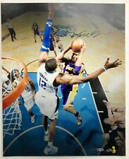 "Kobe Bryant autographed 2009 NBA Finals ""Double Clutch"" 16x20"" Photo Upper Deck"
