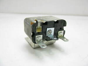 NEW OUT OF BOX - OEM Ford D3AB-14A093-AA Power Relay - 3 Terminal
