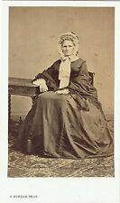 Photo cdv : S.Bureau ; Vieille dame de la bourgeoisie à Paris , vers 1865