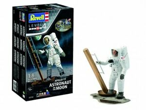 Revell of Germany 03702 1:8 Apollo 11 Astronaut on the Moon