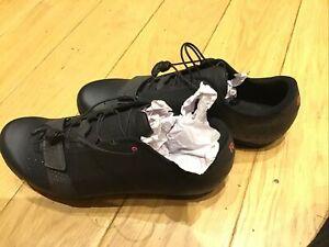Rapha RCC Explore Shoes 42 Unworn Black