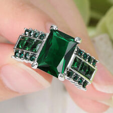 Stunning Princess Cut Green Emerald Wedding Ring silver Rhodium Plated Size 7