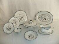 C4 Porcelain English Translucent China Royal Doulton - Old Colony, pristine 4F6C