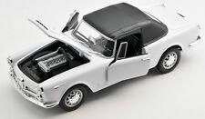 BLITZ VERSAND Alfa Romeo Spider 2600 1960 weiss white Welly Modell Auto 1:24 NEU