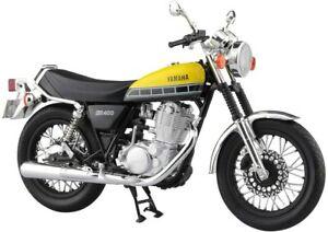 AOSHIMA 1/12 Scale Motorcycle Diecast Model YAMAHA SR400&500 Reddish Yellow