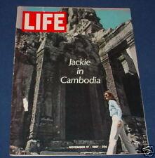 LIFE MAGAZINE NOVEMBER 17 1967 JACKIE KENNEDY CAMBODIA POT SMOKING PRINCIPAL