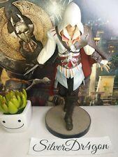 Assassins creed 2 White Edition Statue Figure Figurine Ezio 7''