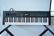 Yamaha DX21 vintage digital synth with original case New internal battery