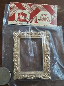 Dollhouse Miniature Large Victorian Ornate Picture or Painting Frame 1:12 *New*