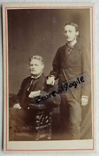 CDV PHOTO 1874 London Company 2 jeunes hommes T630