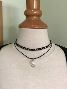 Vintage Style Black Choker Necklace With Pearl & Gold Studs. Pearl Jewellery.