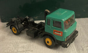 Britain's Tipper Truck 9583 Spares Or Repairs NO TRAILER - 1:32 Scale