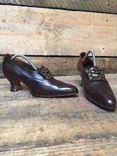 Antique 1920s Art Deco Louis heel leather handmade ladies buckle shoes