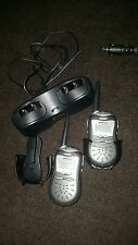 Cobra MicroTalk FRS220 Radios with Battery Dual car Charger FA-CR B