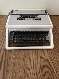 Vintage Underwood 310 Portable SLIM Manual Typewriter  - Tested & Works!