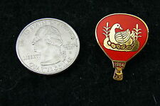 HOT AIR BALLOON LAPEL PIN RED WITH GOLD DUCK 1984