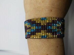 """Handmade 1"""" in. Glass beaded bracelet"""