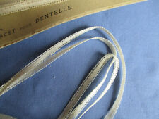 Étroit lacet pour dentelle type dentelle Renaissance ancien XIXè 10 m x 5 mm