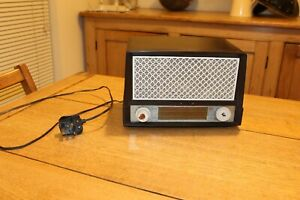RARE VINTAGE RADIO PHILCO MODEL A.3700 FOR SPARES / REPAIRS ONLY