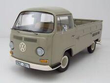 VW T2 a Bus Pritsche 1967 - 1970 grau, Modellauto 1:18 / Schuco