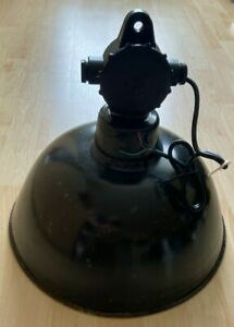 Alte Emaille Fabriklampe - Vintage Industrielampe Bauhaus Stil, Loft, DDR Metall