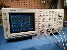 Tektronix Tds540b 4 Channel 500mhz 2gss Oscilloscope Complete With Probes