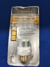 DEFIANT CFL AUTOMATIC LIGHT CONTROL WHITE S-751 Open Packing