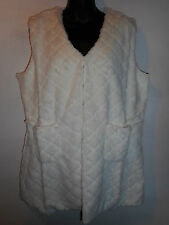 Faux Fur Vest 1X Plus White Sleeveless Qulited Look Silky Lined Open Front 309