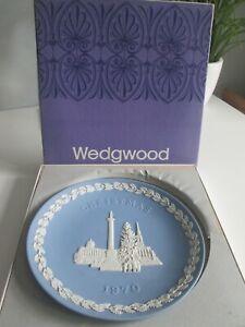WEDGWOOD BLUE JASPERWARE  1970 CHRISTMAS PLATE -TRAFALGAR SQUARE
