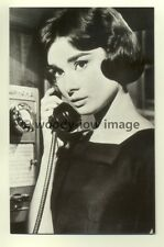 b1080- Film Actress  - Audrey Hepburn - Postcard