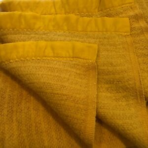 Vintage Yellow Gold  Twin Full Acrylic Blanket Thermal Weave Ribbon Trim 87 x 76