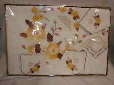 """Vintage 1970s 13 Piece Tablecloth Setting 72x108"""" Embroidered Linen NIP Italy"""