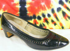 size 6.5 M vintage 60's black shiny Sandlers heels pumps shoes