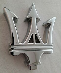 Emblema Tridente delantero original Maserati 3200GT. Ref. 386100131