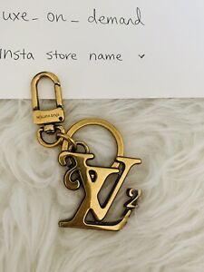 Louis Vuitton Nigo Key Charm Squared Lv Bag Charm And Key Holder