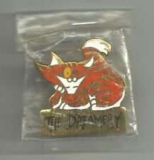 ALICE IN WONDERLAND - CHESHIRE CAT CLOISONNE PIN - THE DREAMERY - LELA DOWLING