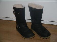 Authentic UGG Kensington Shoes UK 2 ( EU 33 )